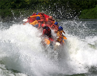 Whitewater rafting on the White Nile